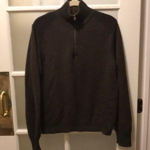 Gap 1/4 zip dark brown sweater with black details